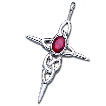 Image of   Keltisk kors med Rubin - u/kæde